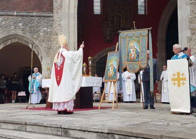 Coroczna Pielgrzymka Polaków do Sanktuarium Matki Bożej Szkaplerznej w Aylesford - zdjęcie 3